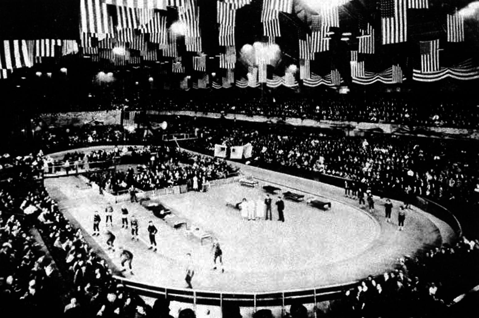 Roller Derby Chicago debut 1935 .jpg