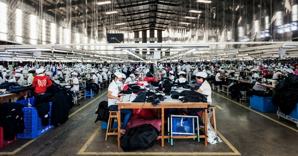 garment-workers-vietnam.jpeg